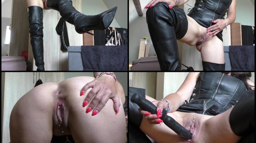sexy geile Leder-Bitch